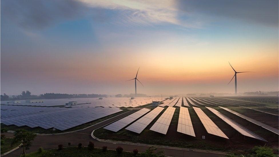 Brasil zera imposto de importação de equipamentos de energia solar