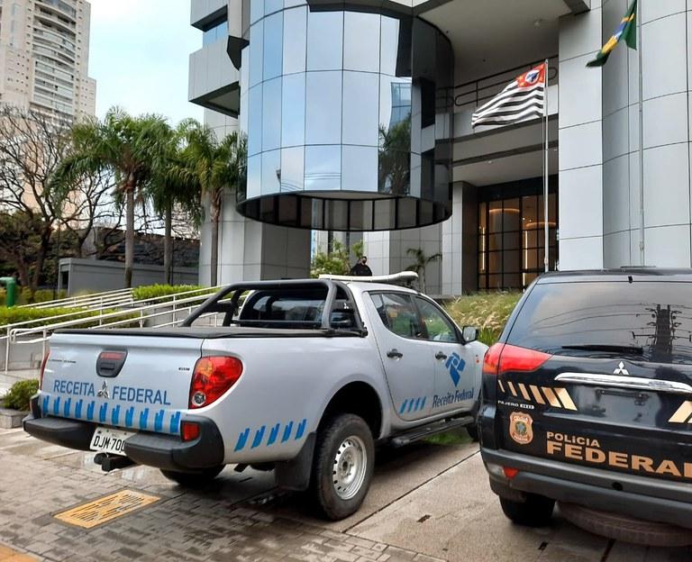 """OPERAÇÃO """"TRIUNO"""": Receita Federal e Polícia Federal deflagram mais três fases (8ª, 9ª e 10ª) da Operação Descarte"""